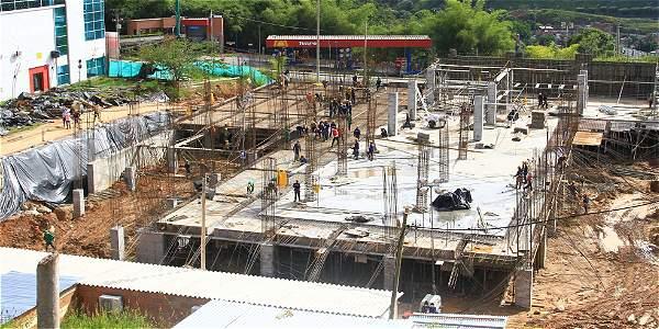 Inician construcción de Centro de Convenciones en la vía 40